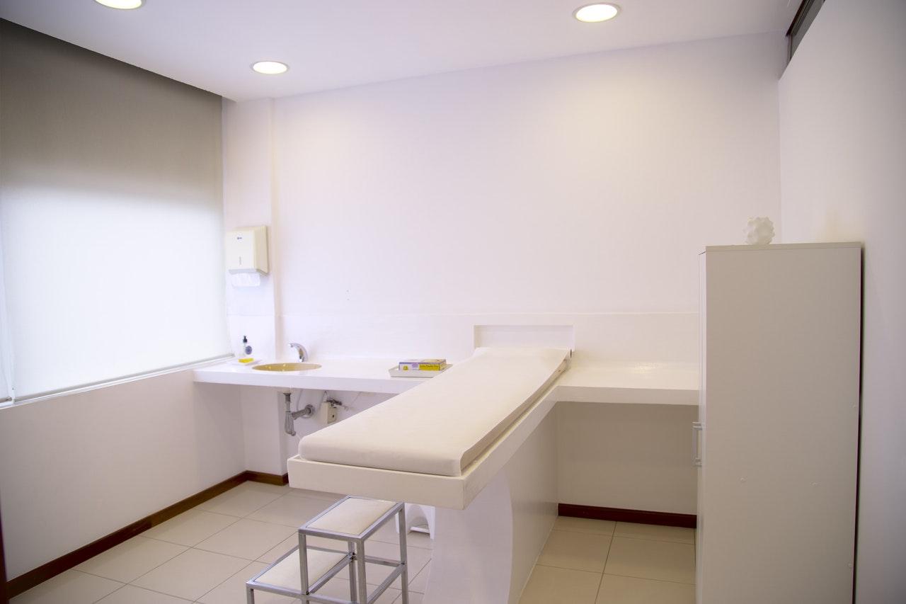Pedro Pimenta inaugura a 1º clínica de amputados para amputados do Brasil